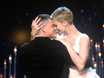 Channing Tatum and Charlize Theron dance together at the 2013 Oscars